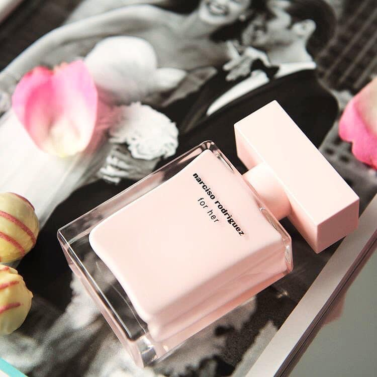Review nước hoa Narciso hồng (Narciso Rodriguez For Her EDP)